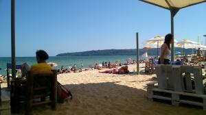 3ème jour: farniente à la plage. Mon seul bain de mer de l'année, dans la mer noire.